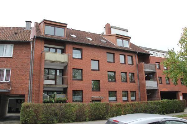 Neuvermietung einer 3 Zimmerwohnung und einer 2-Zimmerwohnung in Hamburg Wandsbek